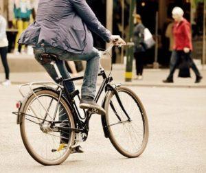 Dicas simples pra viabilizar suas idas de bike pro trabalho