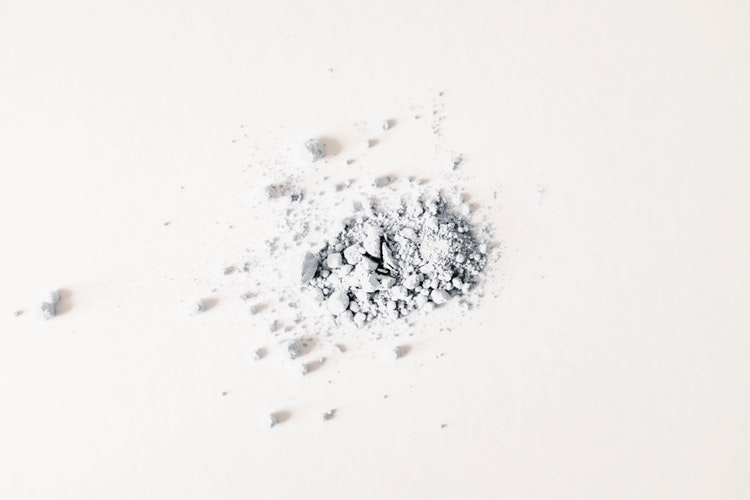 como-tirar-cheiro-de-suor-das-roupas-bicarbonato-de-sódio