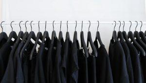 como-tirar-pelo-de-roupa-preta