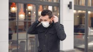 COVID-19: você sabe quanto tempo o vírus fica na roupa?