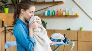 6 dicas de como passar roupa sem ferro