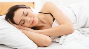 Dormir de sutiã faz mal? Veja como escolher o melhor modelo para essa situação